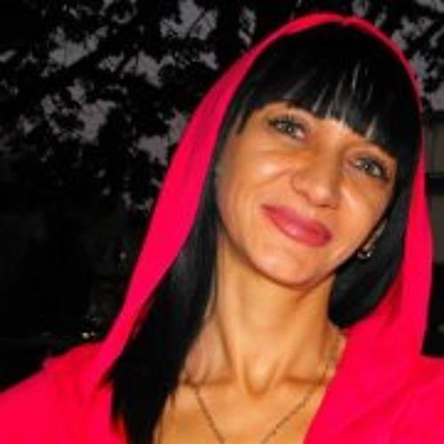 Rumqna Angelova's avatar