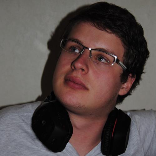 DjHouseMeister's avatar