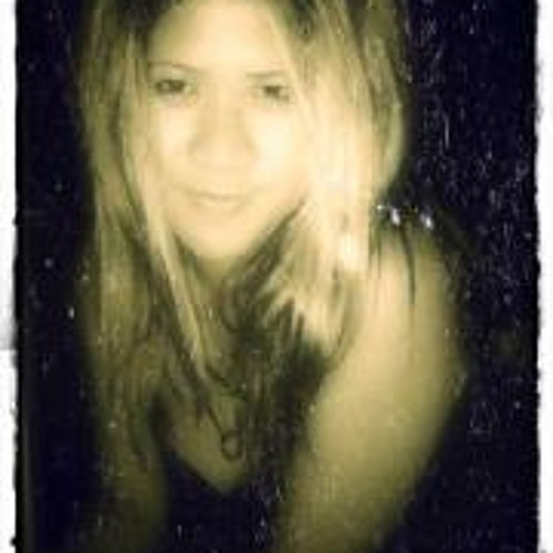 Ryanne Robles Cueto's avatar