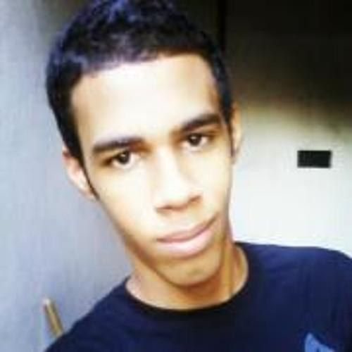 Vinícius Araújo 28's avatar