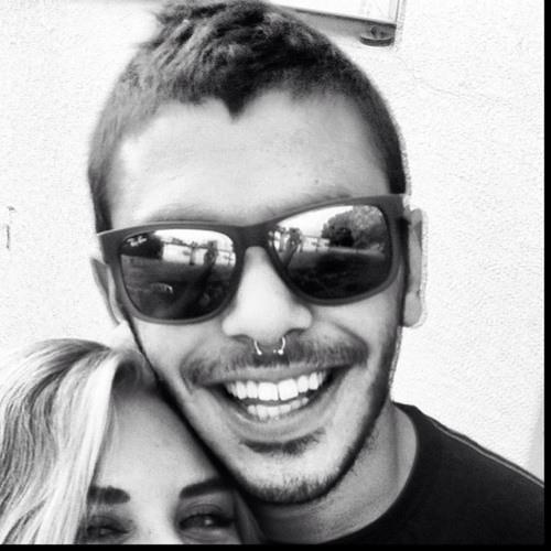 stefan avraham :)'s avatar