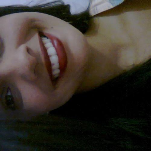 Lucille Maia's avatar