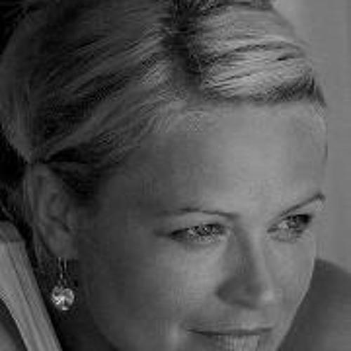 Beata Hawryluk's avatar