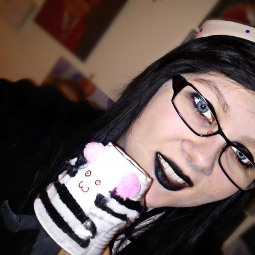 Megan Lea's avatar