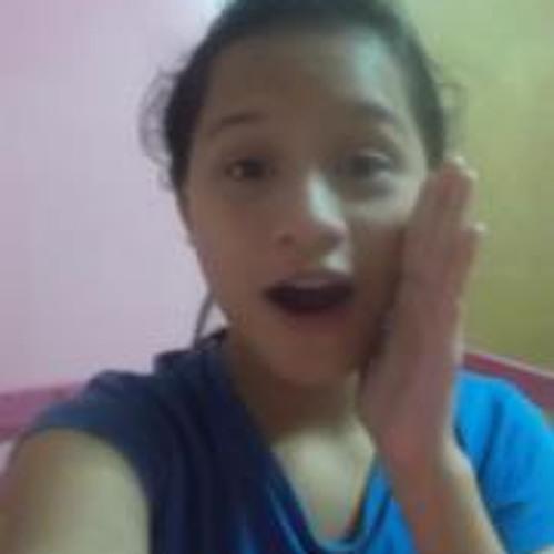 PauLa Flores Tandang's avatar