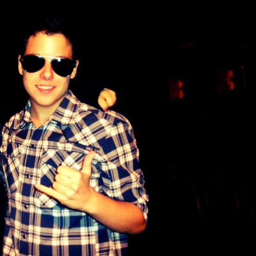 Agustin Giraudo ♫'s avatar