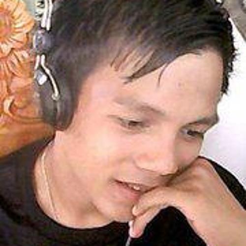 Ryan Ni Choi Brigoli's avatar