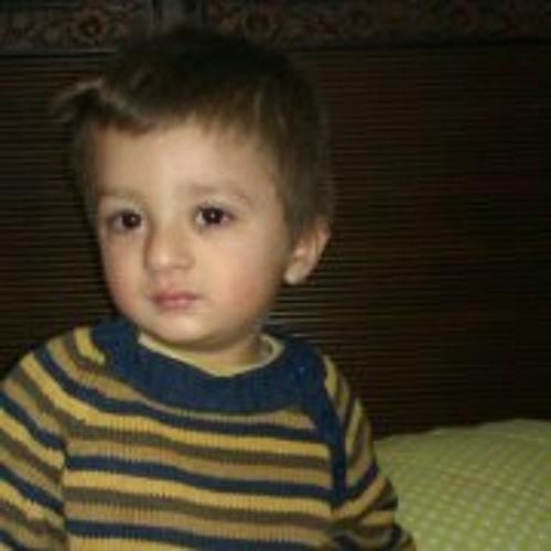 Hafsa Iqbal's avatar
