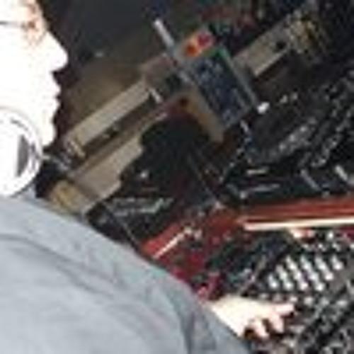 Francesco Minafra's avatar