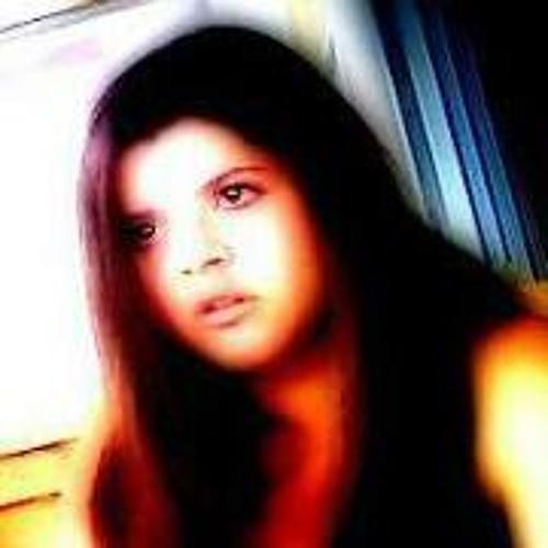 Vicky Gicka's avatar