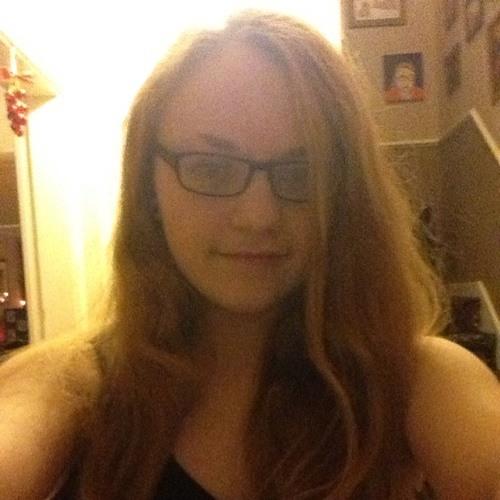Amy Dwyer's avatar