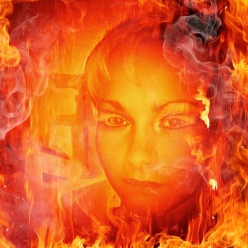 julia skipper's avatar