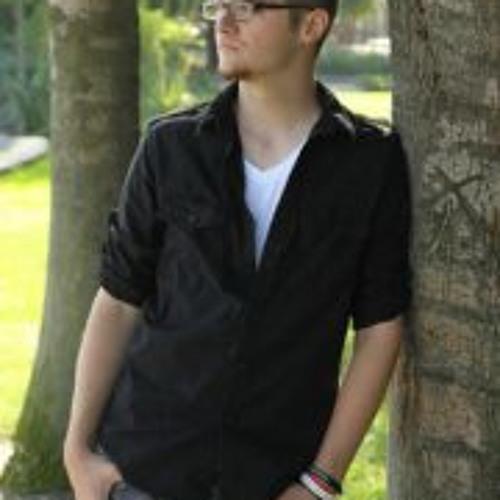 Tyler Carlson 7's avatar