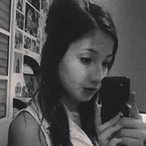 Nina Paes's avatar