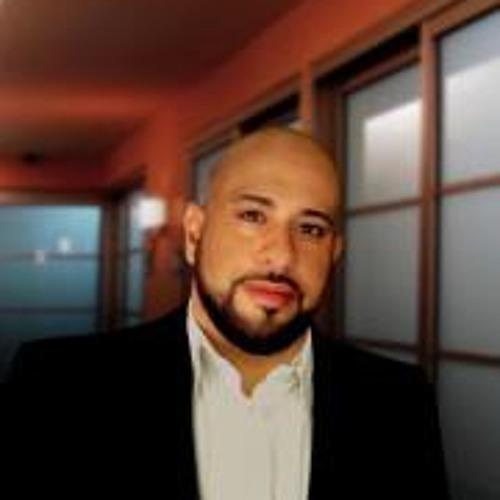 Michael Pons's avatar