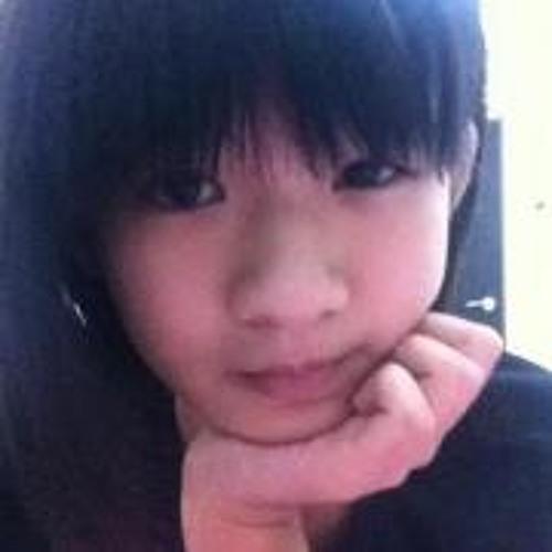 Yin Yin Tan 1's avatar