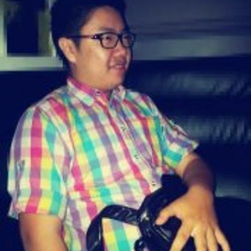 Aaron Cheong II's avatar