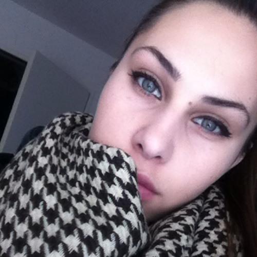 VilenovaMnml's avatar