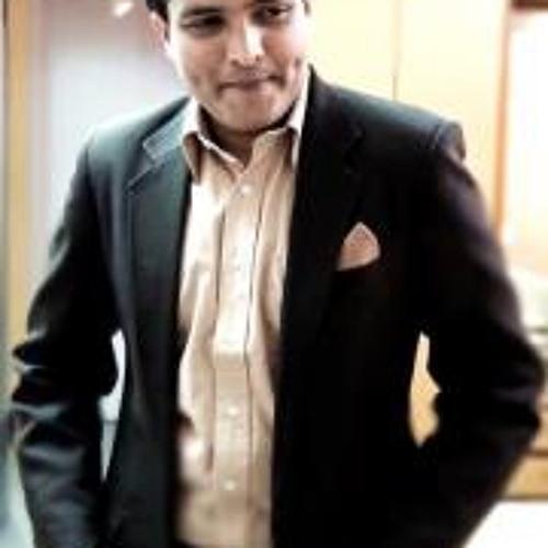 Yash Vadiwala's avatar