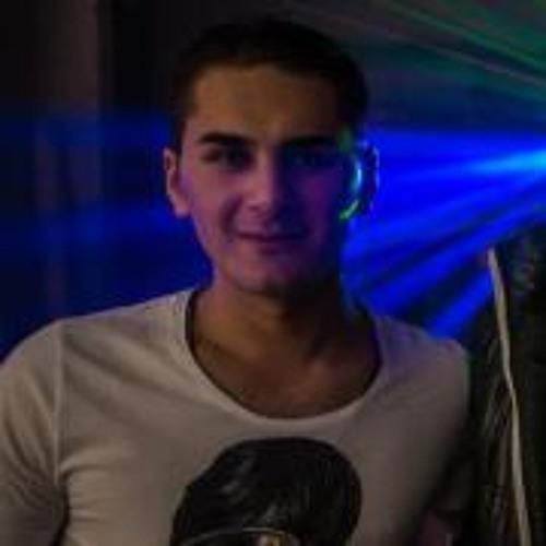 Cihan Acikmis's avatar