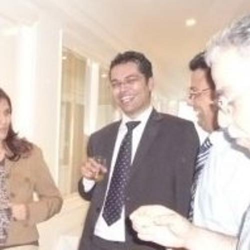 Hassen Zoghlami's avatar