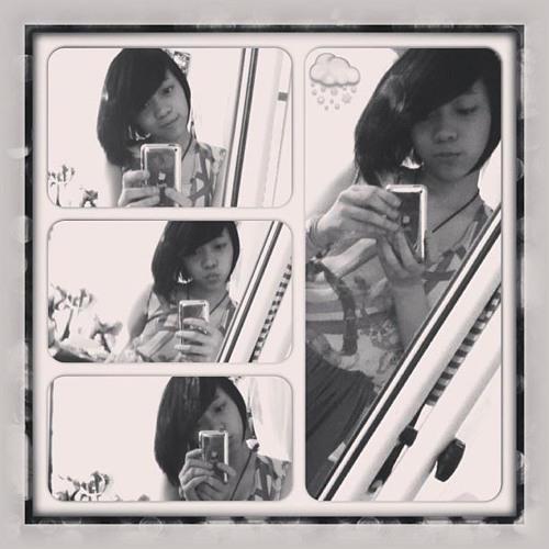 Claudia Mariella's avatar