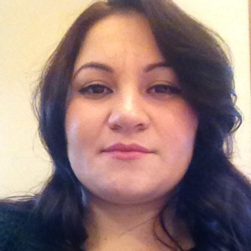 yesenia reyes's avatar