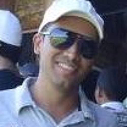 Roger Gusmão's avatar
