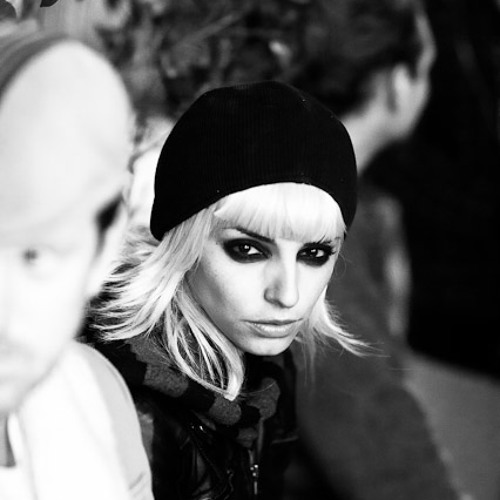 Natalia Iswara's avatar
