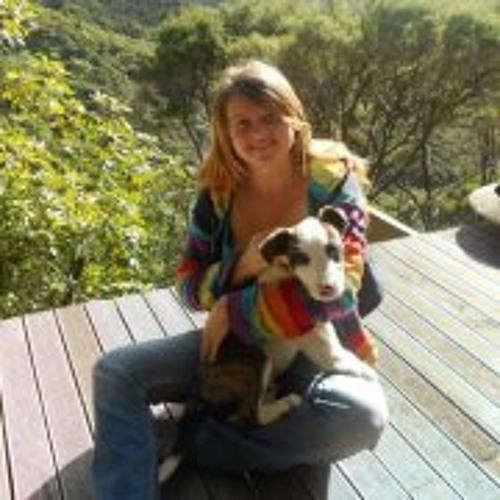 Sarah Cooney 3's avatar