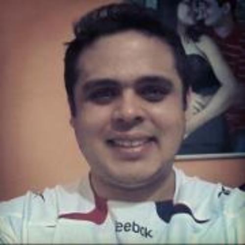 Júlio Gonçalves Oliveira's avatar