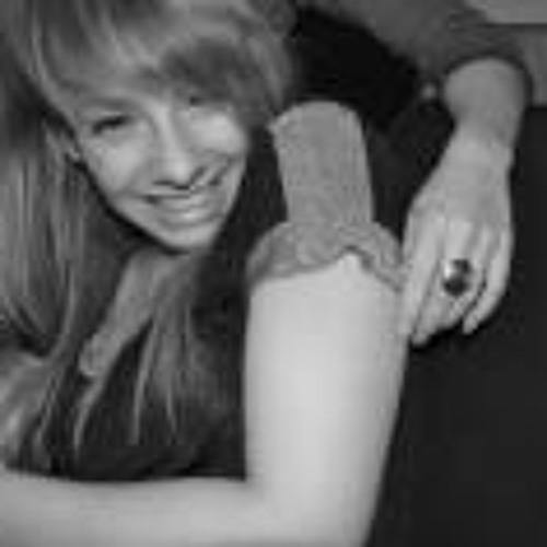 Julie Kerfers's avatar