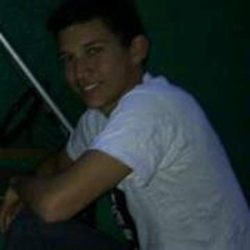 Luis Miguel 93's avatar