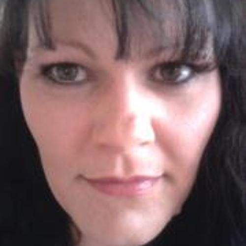 Petra Fertig's avatar