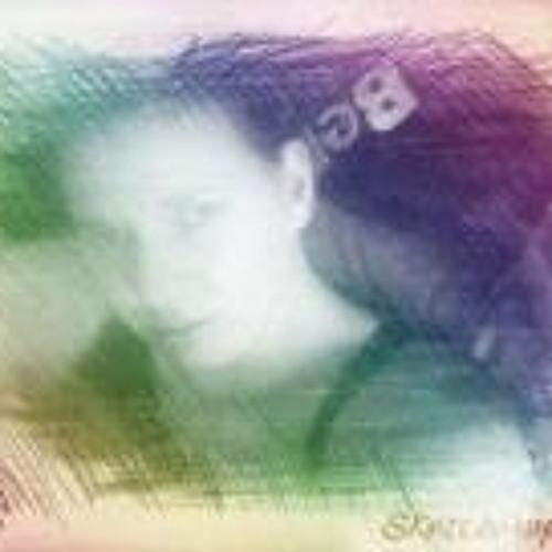 Deb Beenaa G's avatar