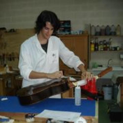 Rodrigo Aizenoso's avatar
