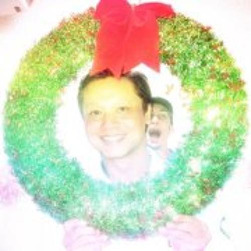 Paul Kanjanasuwun's avatar