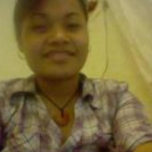 Yvonne Acfalle's avatar