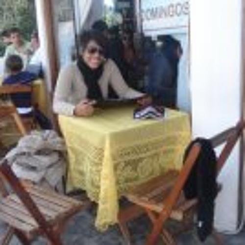 Angélica Glória's avatar