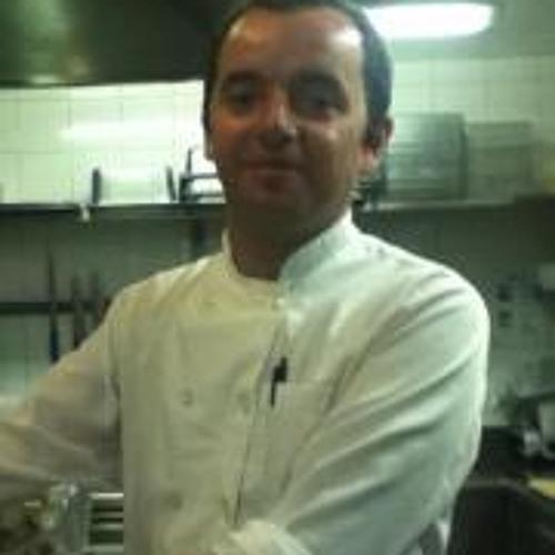 Daniel Nascimento 26's avatar