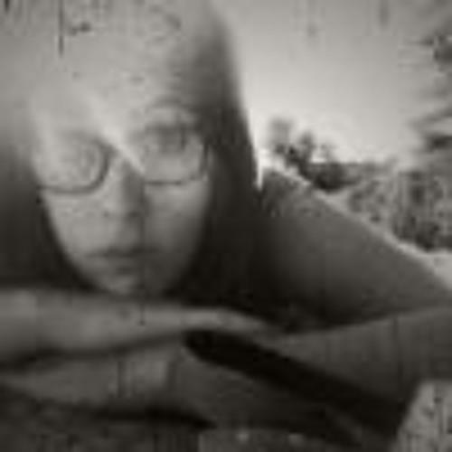 Manuela Gt's avatar
