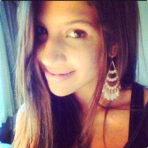 Lorena Matta's avatar