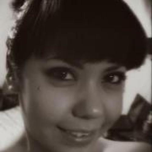 Sharon Saldana's avatar