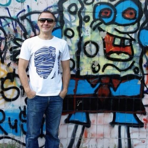Aleksander Kuro's avatar
