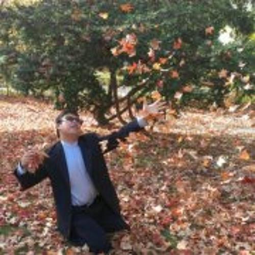 Hsiu Chang's avatar