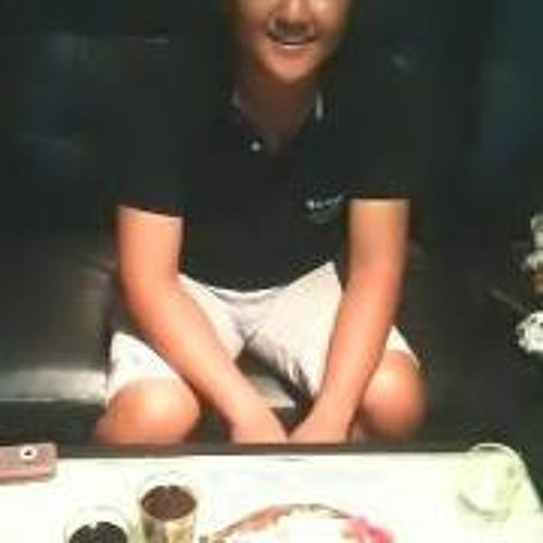 Lawrence Loh 3's avatar