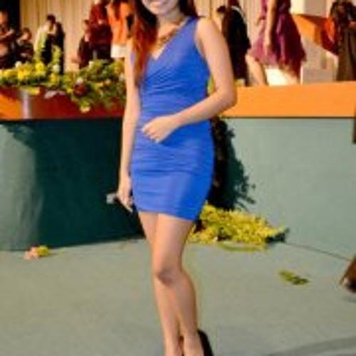 Raissa Vargas's avatar