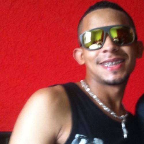Dodo Farias's avatar