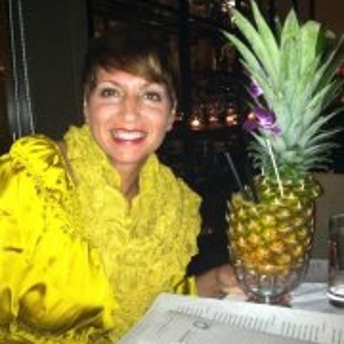 Carol Huey-Gatewood's avatar