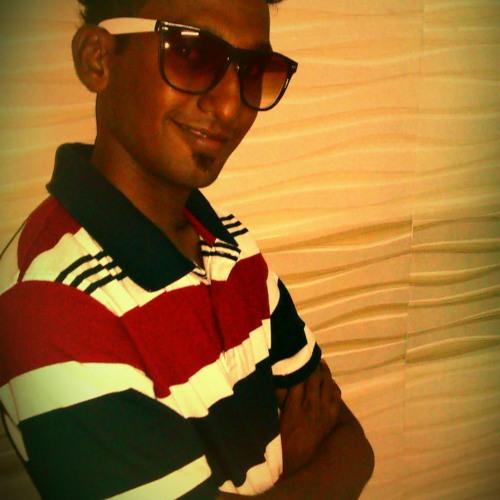 Ian Machado's avatar